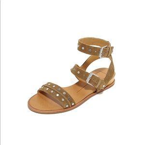 Dolce Vita Shoes - ISO Dolce Vita Prim Sandals sz8